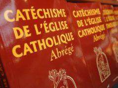 frshafaqna - Le « Catéchisme de l'Eglise catholique » peut-il évoluer?