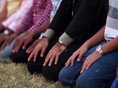 fr.shafaqna - Un théologien saoudien autorise les sunnites à prier dans des lieux de culte non musulmans