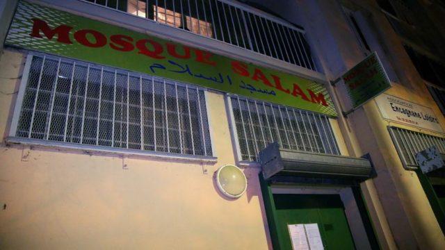 fr.shafaqna - Prolongation de six mois de la fermeture de la mosquée du Calendal à Aix-en-Provence