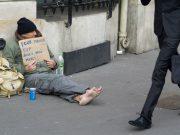 fr.shafaqna - Les pauvres sont toujours plus pauvres et victimes de préjugés