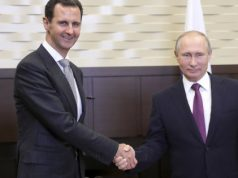 """fr.shafaqna - Vladimir Poutine rencontre Bachar al-Assad et le félicite pour ses """"résultats"""" contre le terrorisme"""