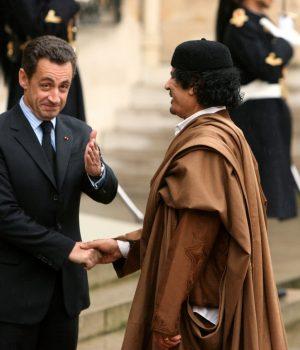 fr.shafaqna - Fabrice Arfi : « Cette affaire est la plus grave de la Ve République »