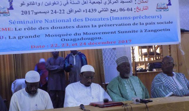 fr.shafaqna - 200 Imams-prédicateurs formés au Burkina
