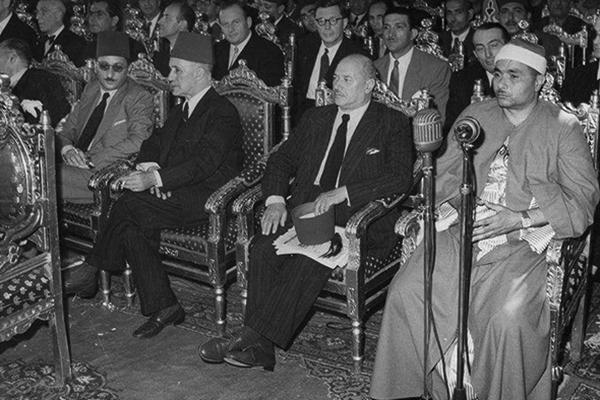 fr.shafaqna - Chaykh Mustafa Ismail qui connu dans le monde musulman sous le titre Akbar al Qura / avec photos