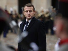 fr.shafaqna - Emmanuel Macron en Algérie, un président fringant à la rencontre d'un pouvoir paralysé