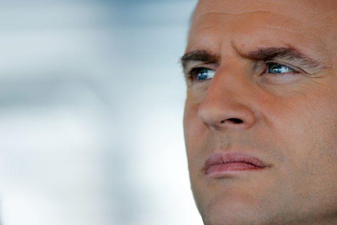 fr.shafaqna - Top 50 des personnalités préférées des Français , Macron occupe la 34e place