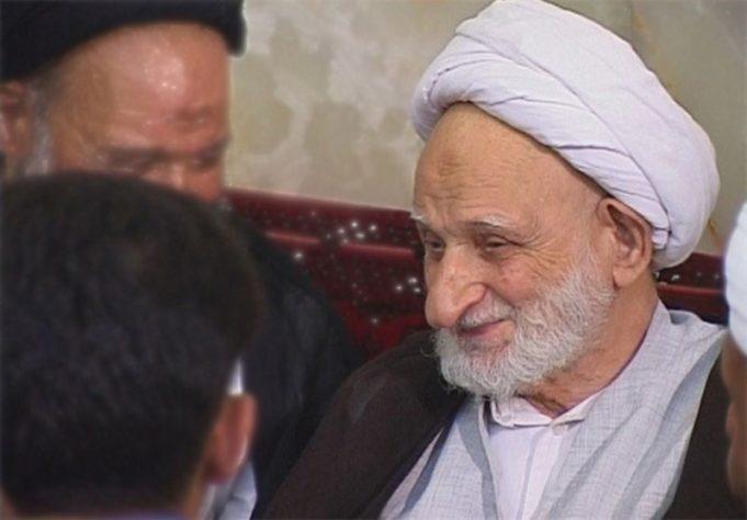 fr.shafaqna - Ayatollah Bahjat ; une personne vertueux et un caractère moral et mystique