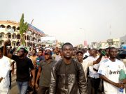 fr.shafaqna - Photos Protester à Abuja exigeant le gouvernement libre Zakzaky pour le traitement (1)