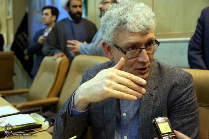 fr.shafaqna - Professeur britannique: Le danger des salafistes et de l'extrémisme d'extrême droite en Europe