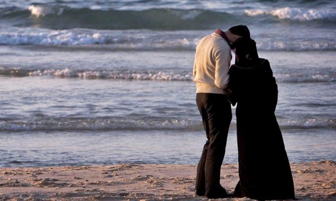 droits des femmes exploitation féminité femmes femmes musulmanes femmes voilées les femmes dans l'islam Oppression promiscuité Sayyed Mohammad Hussein Fadlallah séduction L'ÉGOЇSME DANS LA VIE CONJUGALE ÉGOЇSME LA ROUTINE DE LA VIE CONJUGALE VIE CONJUGALE vie musulmane