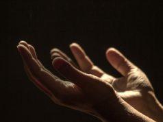 des droits de l'homme droits de l'homme droits des actes droits humains droits islamique droits selon chiisme droits selon Islam Imam al-Sajjâd Imam Sajjad Imam Zayn al-'Abidîn invocations de l'Imam Sajjâd Le droit de l'aumône Le droit de la prière Le droit du Hajj Le droit du jeûne Le droit du sacrifice Risalat al-Huquq Zayn Al-Abidin رسالة الحقوق