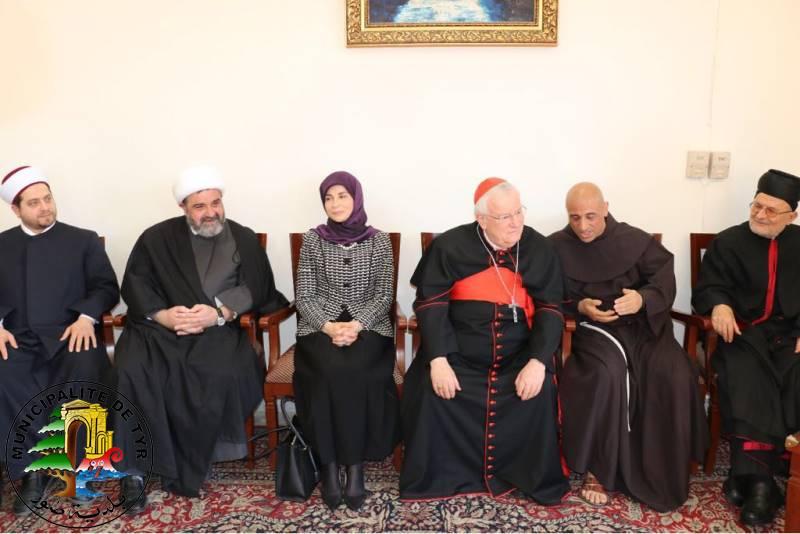 fr.shafaqna - Inaya Ezzeddine, première femme chiite au Parlement libanais
