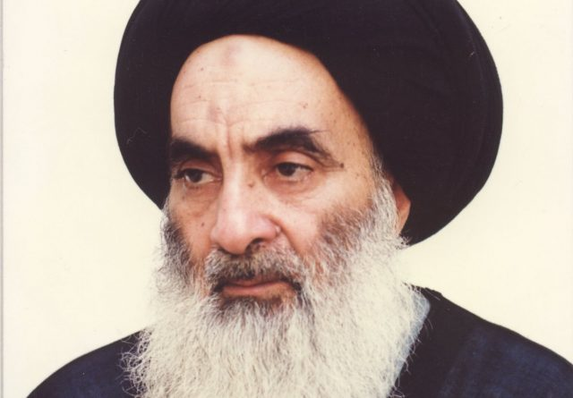 fr.shafaqna - Accolade (musafihi) donner la main a une femme homme - Sistani