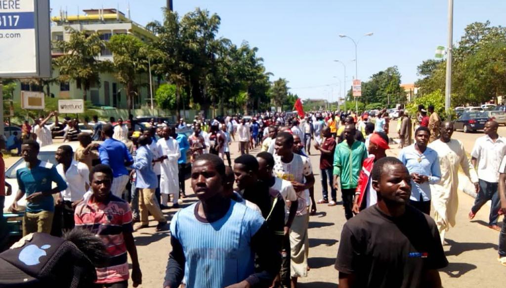 fr.shafaqna - Arbaïn la répression des chiites nigérians continue