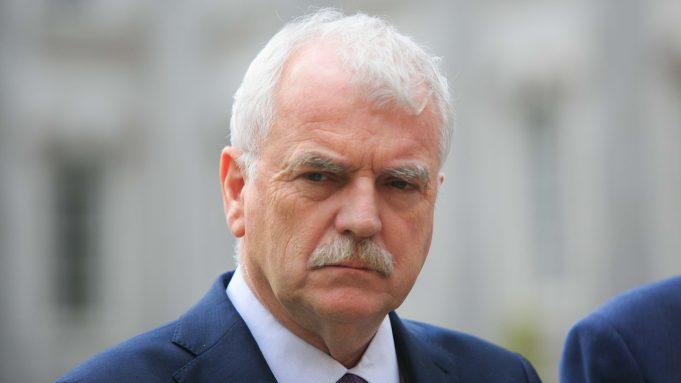 fr.shafaqna - Un ministre d'état et 50 législateurs irlandais appellent à un embargo des armes avec Israël