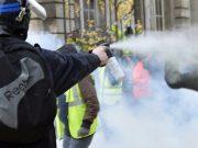 fr.shafaqna - Quelques milliers de « gilets jaunes » manifestent à Paris, des tensions avec la police