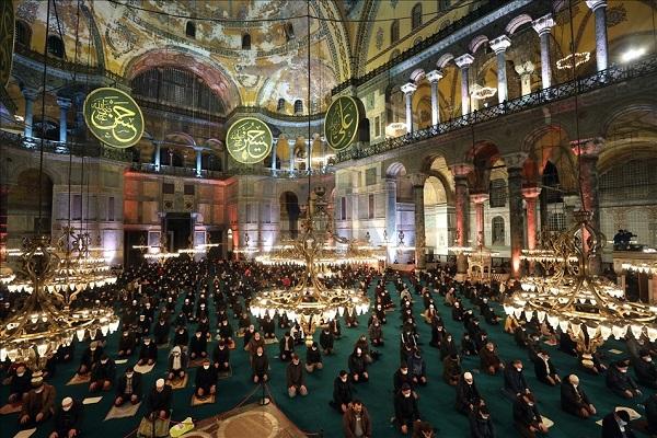 Turquie,Laylat al-Raghaib ,mosquée Sainte-Sophie d'Istanbul